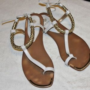 Isola ADENA White Gold Leather Flat Sandals